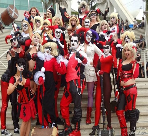 harley-quinn-army-and-cosplayer-groups-see-some-of-the-best-701907-optimized