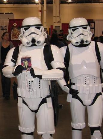 stormtrooper-cosplay