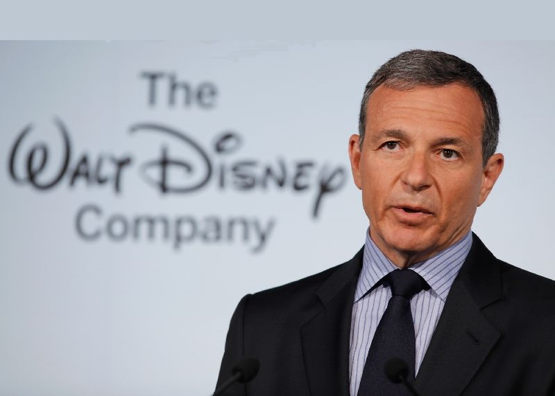 "WASHINGTON, DC - JUNE 05: The Walt Disney Company Chairman and CEO Robert Iger delivers remarks during an event introducing Disney's new ""Magic of Healthy Living"" program at the Newseum June 5, 2012 in Washington, DC. As part of the new healthy eating initiative, all products advertised on Disney's child-focused television channels, radio stations and Web sites must adhear to a new set of strict nutritional standards. Addionally, Disney-licensed products that meet criteria for limited calories, saturated fat, sodium and sugar can display a logo - Mickey Mouse ears and a check mark - on their packaging. (Photo by Chip Somodevilla/Getty Images)"